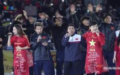 Khoảnh khắc nức lòng người hâm mộ: U23 Việt Nam hát vang 'Niềm tin chiến thắng'